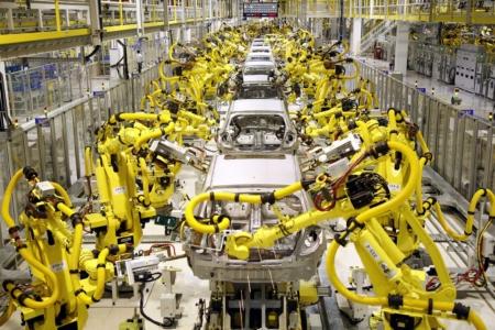 fanuc robots on automotive line